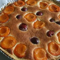 Tarte abricots cerises à la crème d'amandes façon Robuchon
