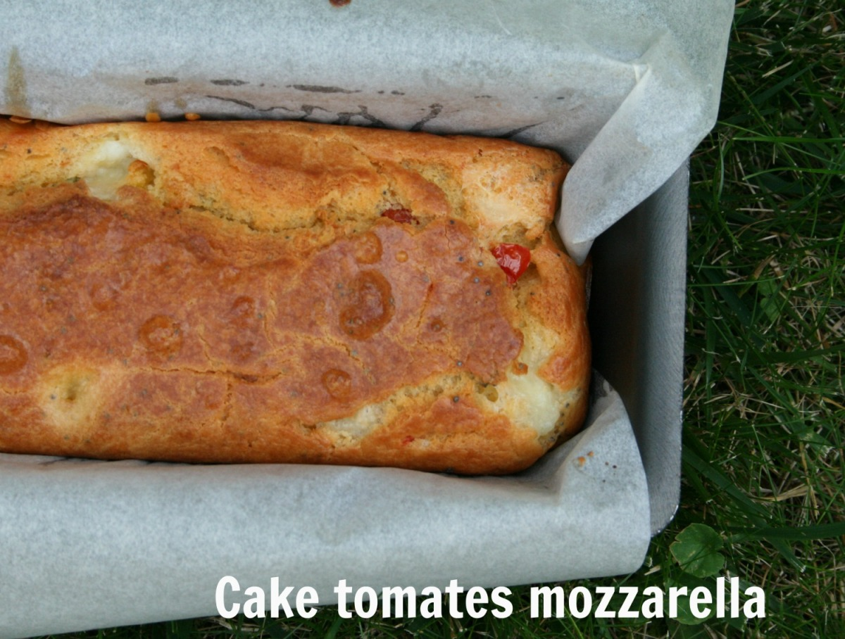 cake tomates mozzarella happy cooking. Black Bedroom Furniture Sets. Home Design Ideas